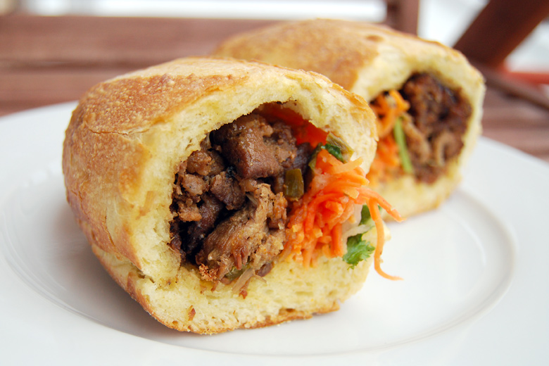 the hog xe may banh mi