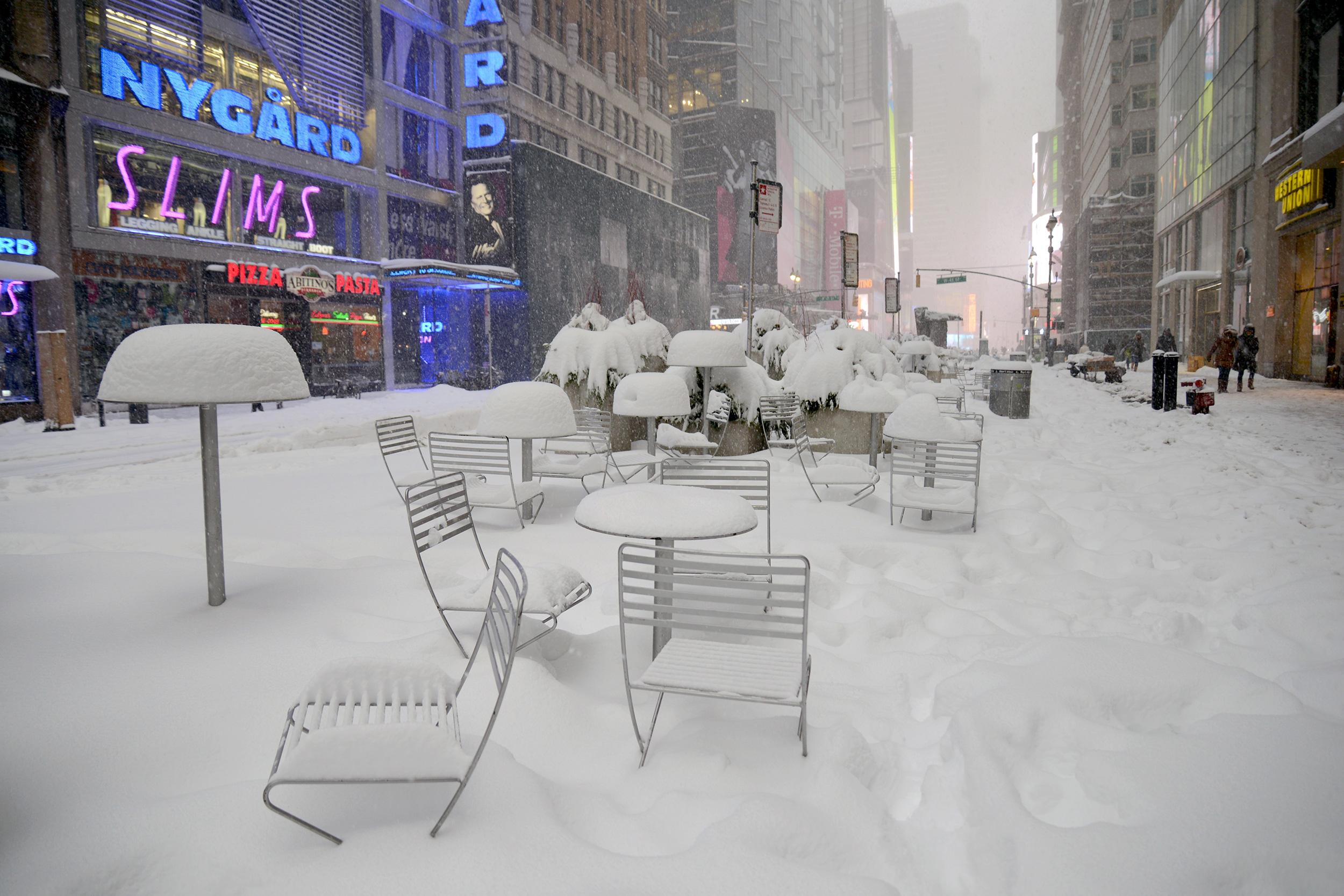 manhattan-blizzard
