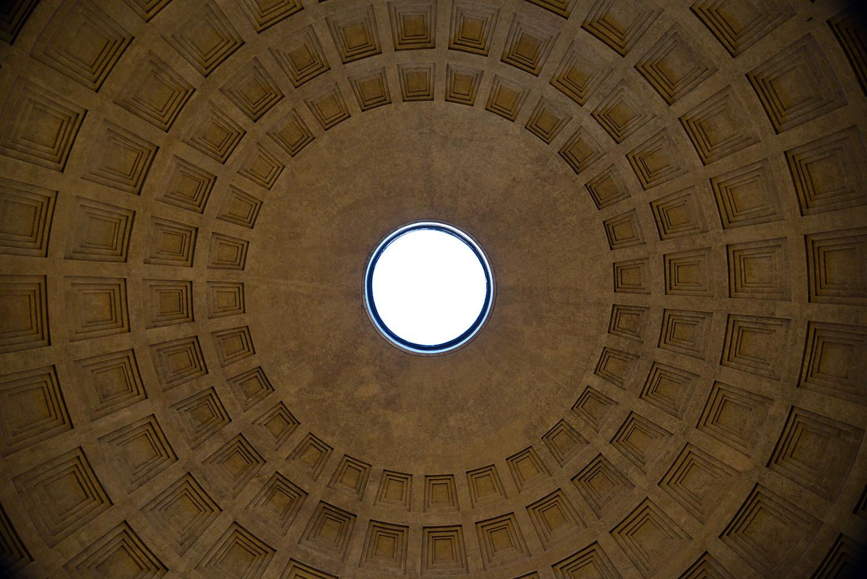 rome-pantheon-oculus